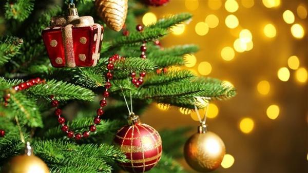 نقاشی درخت کریسمس؛ طرح هایی زیبا و متنوع